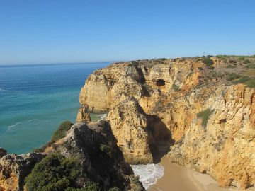 Algarve beach rocks